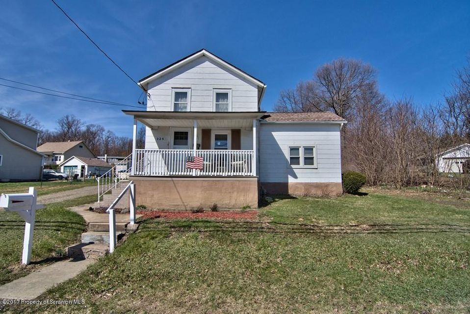 325 Lidy Rd,Dupont,Pennsylvania 18641,3 Bedrooms Bedrooms,7 Rooms Rooms,1 BathroomBathrooms,Residential,Lidy,17-1392