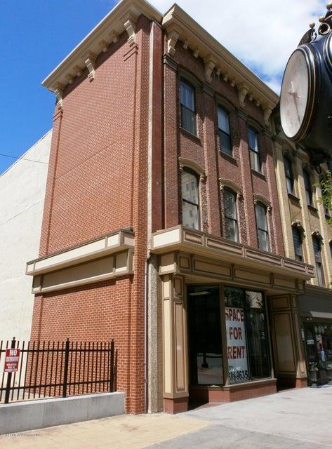 518 LACKAWANNA Ave,Scranton,Pennsylvania 18503,2 Bedrooms Bedrooms,4 Rooms Rooms,1 BathroomBathrooms,Residential lease,LACKAWANNA,17-1785