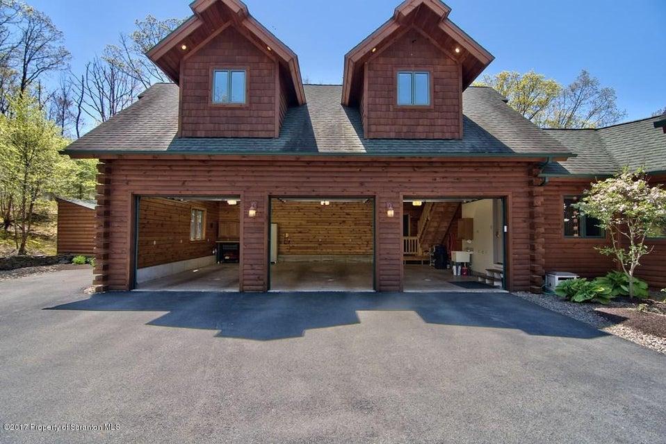 Garage View 01