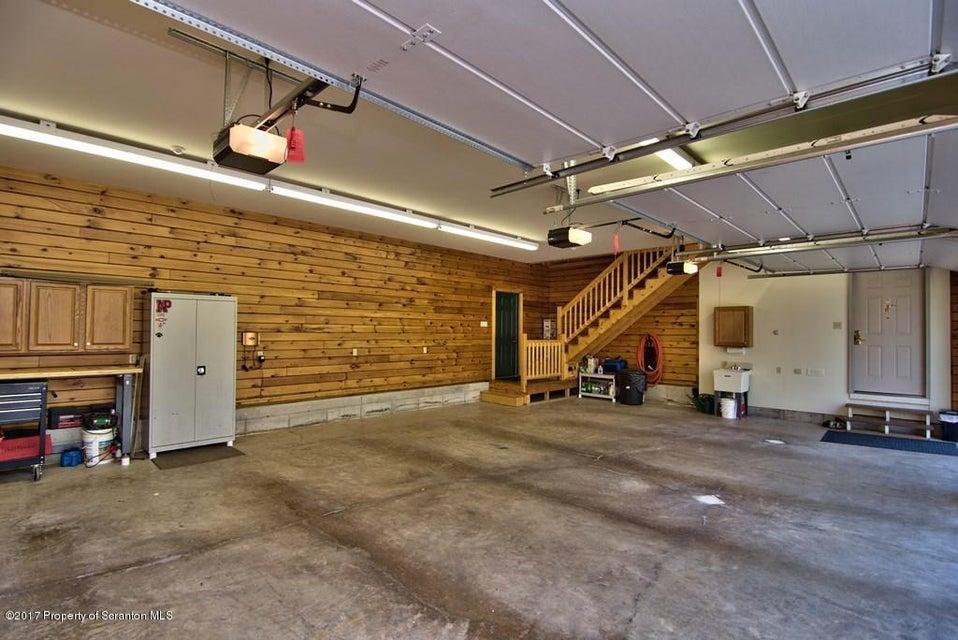 Garage View 02