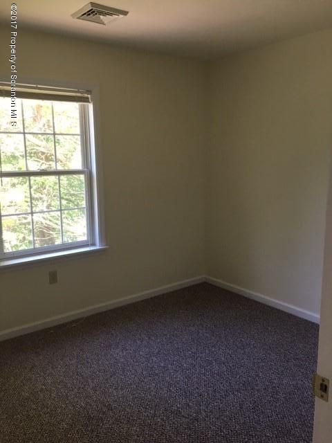 917 Dimmick St,Dickson City,Pennsylvania 18519,3 Bedrooms Bedrooms,7 Rooms Rooms,2 BathroomsBathrooms,Residential lease,Dimmick,17-2376