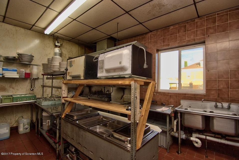 112 Main St,Old Forge,Pennsylvania 18518,Comm/ind lease,Main,17-2509