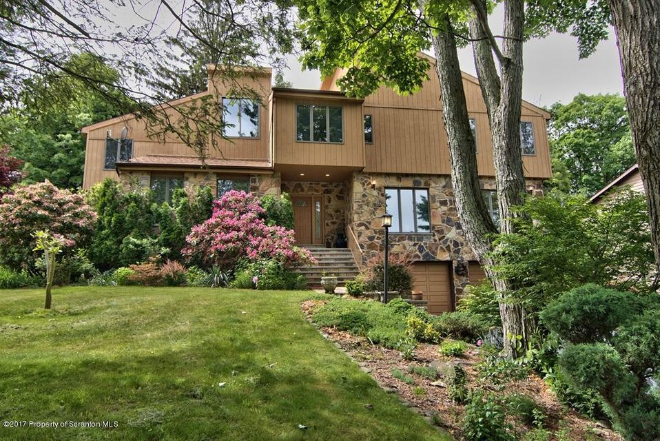 1402 Spyglass Ln,Clarks Summit,Pennsylvania 18411,5 Bedrooms Bedrooms,10 Rooms Rooms,2 BathroomsBathrooms,Residential,Spyglass,17-2455