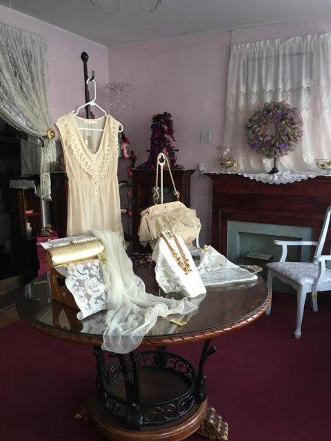 823 Main St,Avoca,Pennsylvania 18641,2 Bedrooms Bedrooms,6 Rooms Rooms,1 BathroomBathrooms,Residential,Main,17-2720