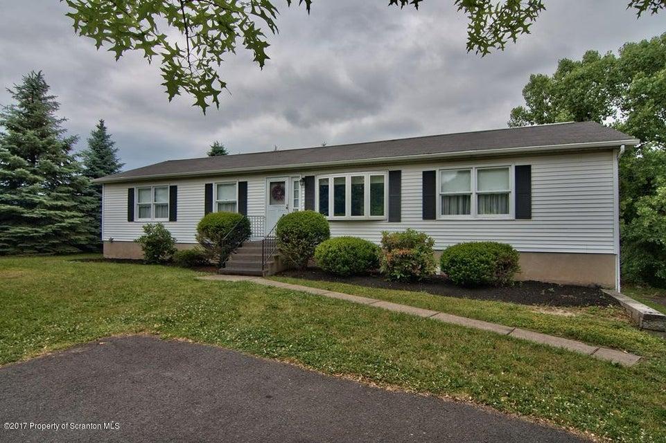 2218 Cedar Ave,Scranton,Pennsylvania 18505,3 Bedrooms Bedrooms,8 Rooms Rooms,2 BathroomsBathrooms,Residential,Cedar,17-2815