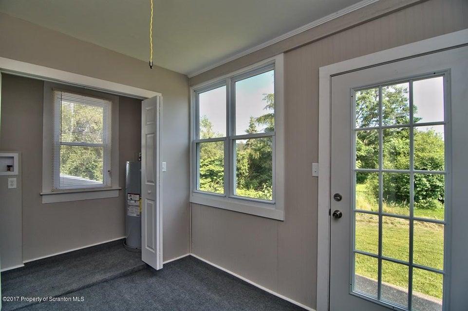 128 Evelyn Ave,Scott Twp,Pennsylvania 18433,3 Bedrooms Bedrooms,7 Rooms Rooms,1 BathroomBathrooms,Residential,Evelyn,17-2914