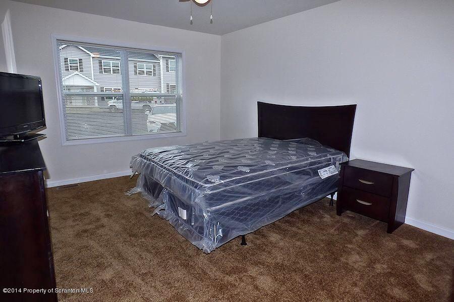 955 Ash Street,Moosic,Pennsylvania 18507,2 Bedrooms Bedrooms,4 Rooms Rooms,1 BathroomBathrooms,Residential lease,Ash,17-3103