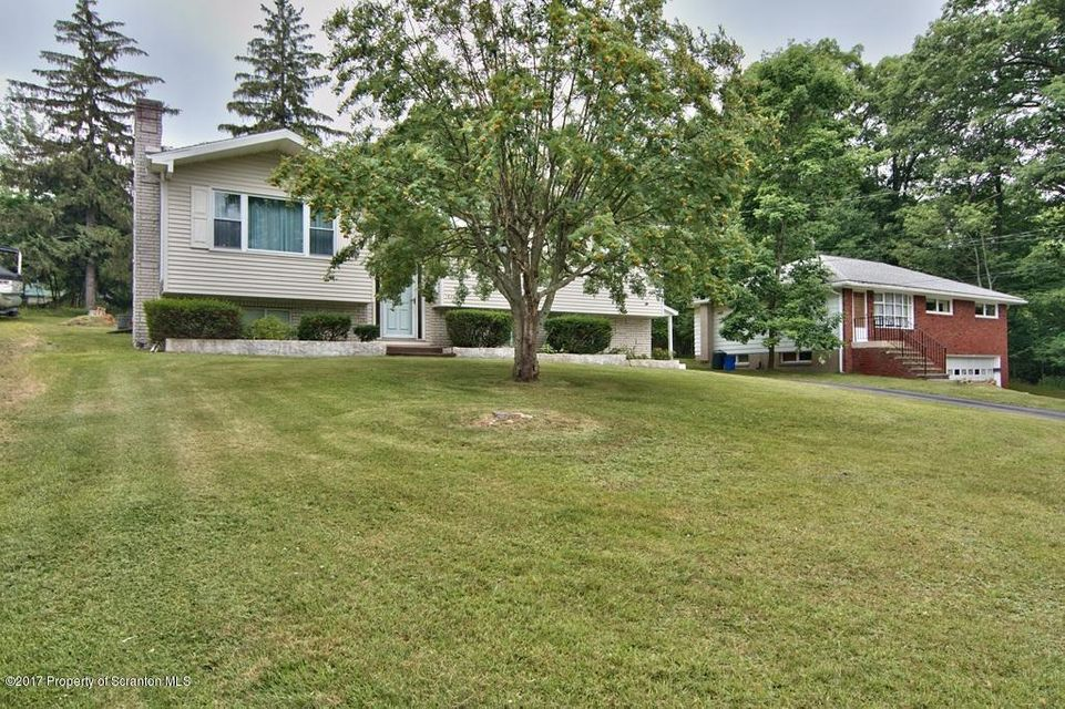 1630 Birch St,Scranton,Pennsylvania 18505,3 Bedrooms Bedrooms,9 Rooms Rooms,2 BathroomsBathrooms,Residential,Birch,17-3227