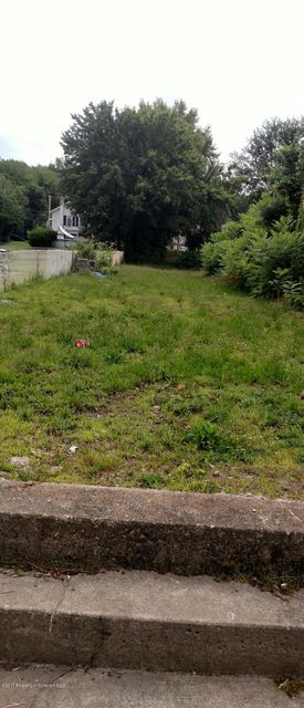 34 Main Street,Jenkins Twp,Pennsylvania 18640,Lot/land,Main,17-3387