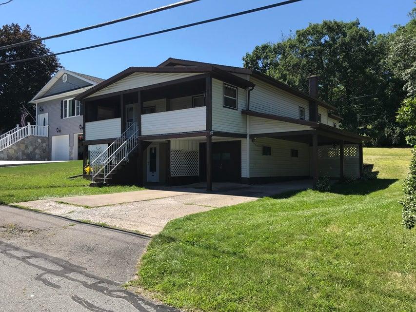 359 Irving St,Olyphant,Pennsylvania 18447,2 Bedrooms Bedrooms,6 Rooms Rooms,1 BathroomBathrooms,Residential,Irving,17-3584