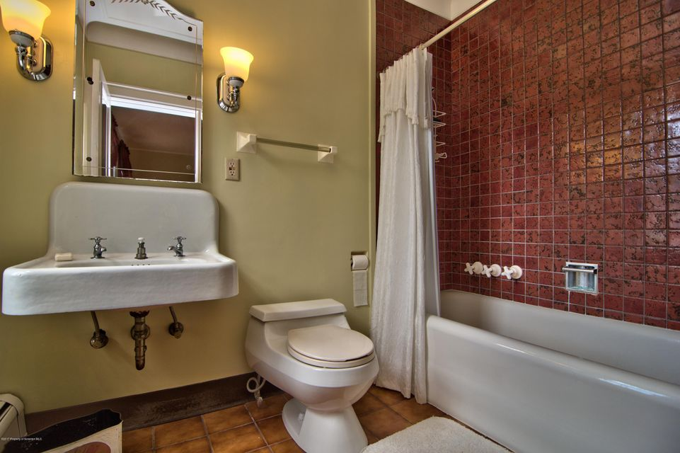 Bedroom 5 Bath View 1