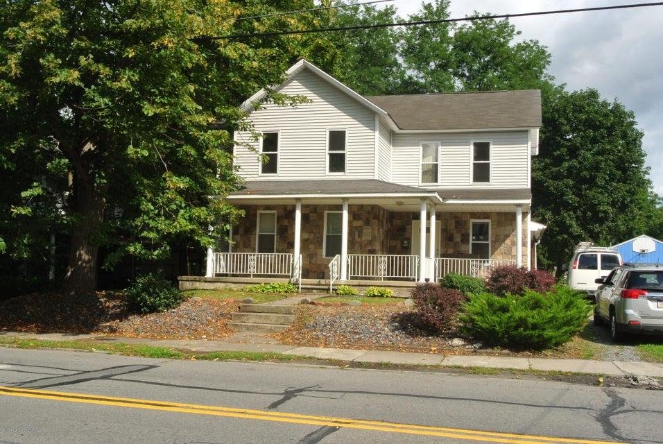 215 Main St,Moosic,Pennsylvania 18507,5 Bedrooms Bedrooms,8 Rooms Rooms,2 BathroomsBathrooms,Residential lease,Main,17-3969