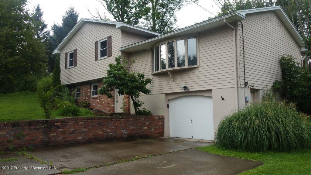 814 Salisbury Rd,South Abington Twp,Pennsylvania 18411,3 Bedrooms Bedrooms,7 Rooms Rooms,1 BathroomBathrooms,Residential,Salisbury,17-4026