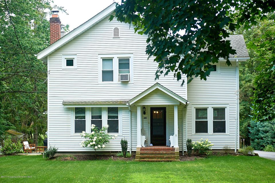 719 Winola Rd,Clarks Summit,Pennsylvania 18411,4 Bedrooms Bedrooms,8 Rooms Rooms,2 BathroomsBathrooms,Residential,Winola,17-4102