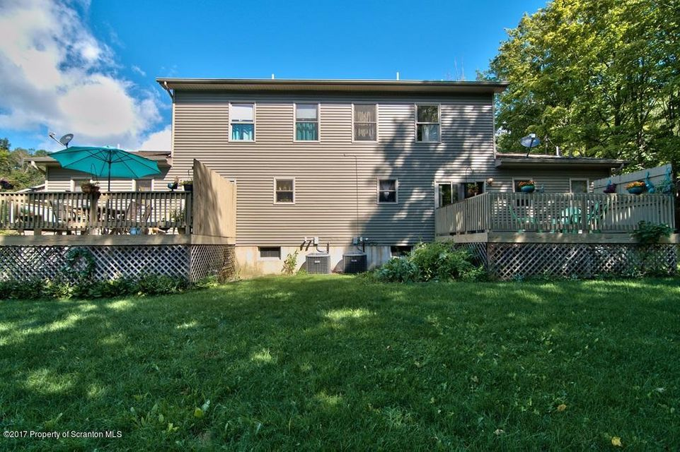 4001 Pond View Dr,Scott Twp,Pennsylvania 18411,2 Rooms Rooms,Multi-family,Pond View,17-4341