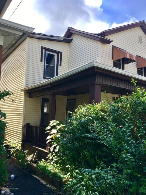 1005 Acker Ave,Scranton,Pennsylvania 18504,3 Bedrooms Bedrooms,7 Rooms Rooms,2 BathroomsBathrooms,Residential,Acker,17-4154