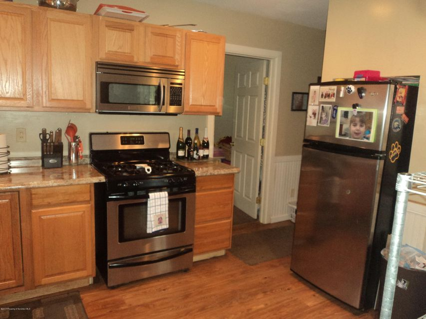 1500 Clary Kitchen 2