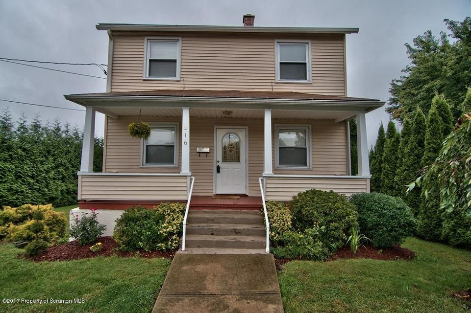 216 Smith Street,Old Forge,Pennsylvania 18518,2 Bedrooms Bedrooms,5 Rooms Rooms,1 BathroomBathrooms,Residential,Smith,17-4297