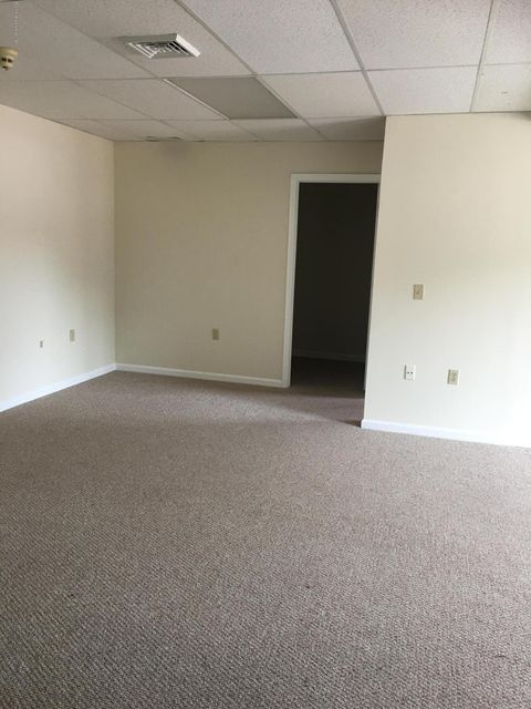 Kennedy Ave,Archbald,Pennsylvania 18403,1 Bedroom Bedrooms,3 Rooms Rooms,1 BathroomBathrooms,Residential lease,Kennedy,17-4298