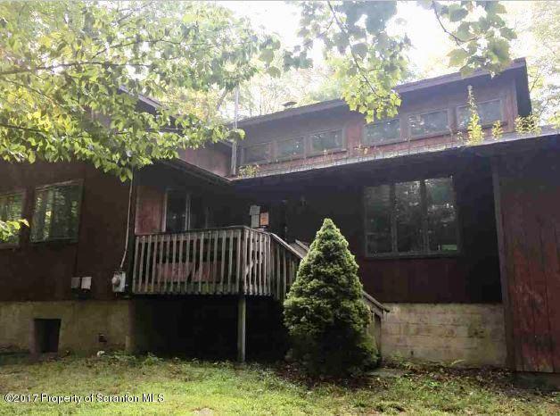 76 Delbert Dr,Gouldsboro,Pennsylvania 18424,4 Bedrooms Bedrooms,8 Rooms Rooms,2 BathroomsBathrooms,Residential,Delbert,17-4385