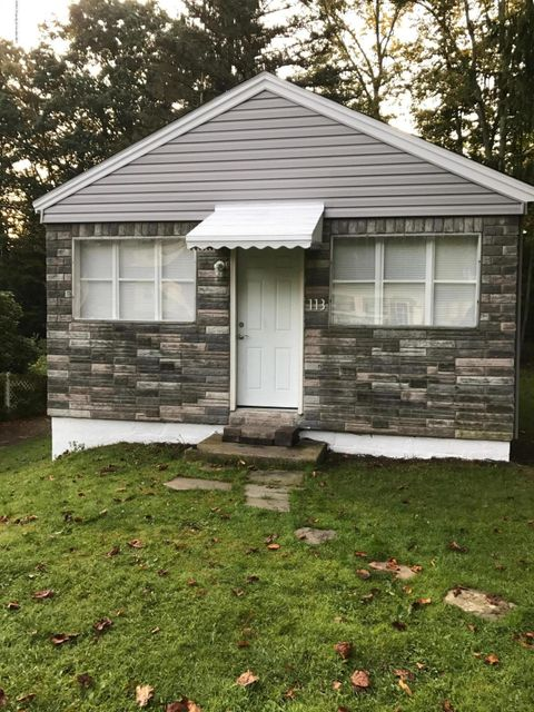 113 Ruth Ave,Clarks Summit,Pennsylvania 18411,2 Bedrooms Bedrooms,5 Rooms Rooms,1 BathroomBathrooms,Residential lease,Ruth,17-4416