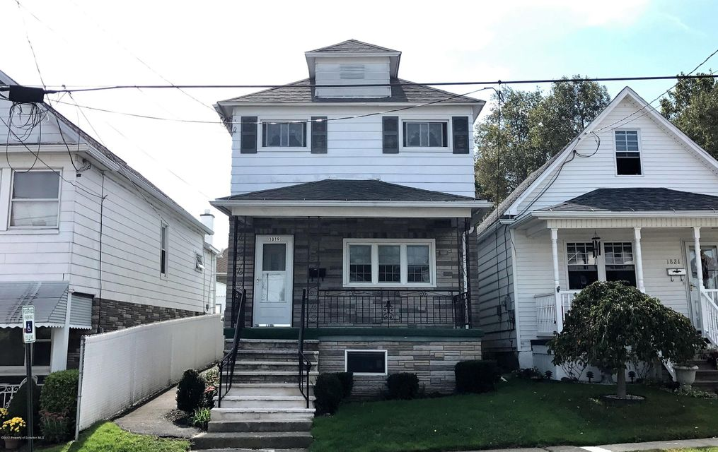 1819 Clearview St,Scranton,Pennsylvania 18508,2 Bedrooms Bedrooms,4 Rooms Rooms,1 BathroomBathrooms,Residential,Clearview,17-4481