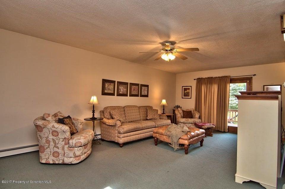 325 Depew Ave,Mayfield,Pennsylvania 18433,4 Bedrooms Bedrooms,6 Rooms Rooms,Residential,Depew,17-4806