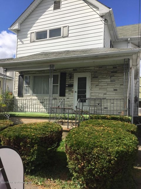 805 Carmalt St,Dickson City,Pennsylvania 18519,3 Bedrooms Bedrooms,5 Rooms Rooms,1 BathroomBathrooms,Residential,Carmalt,17-4641