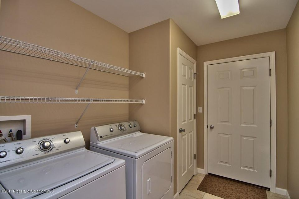 In-Law Suite - Laundry