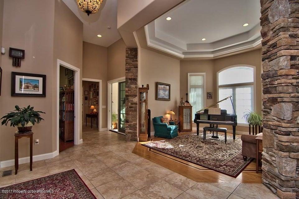 Foyer - Living Room View 02