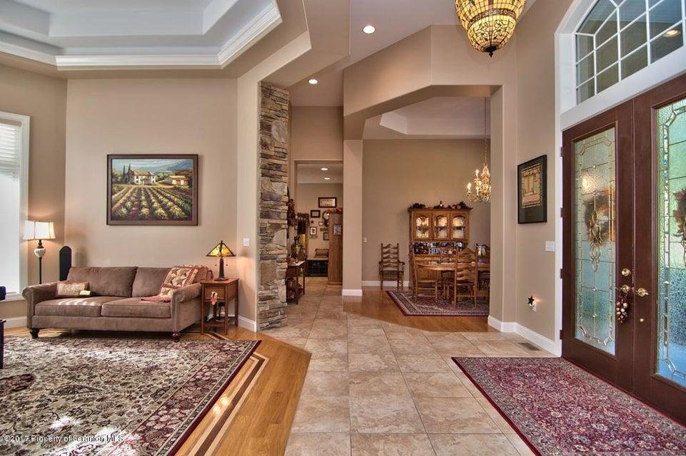 Foyer - Living Room View 05