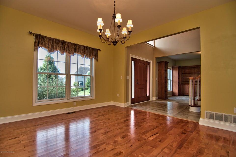 432 Deer Run Dr,Archbald,Pennsylvania 18403,5 Bedrooms Bedrooms,10 Rooms Rooms,4 BathroomsBathrooms,Residential,Deer Run,17-4805