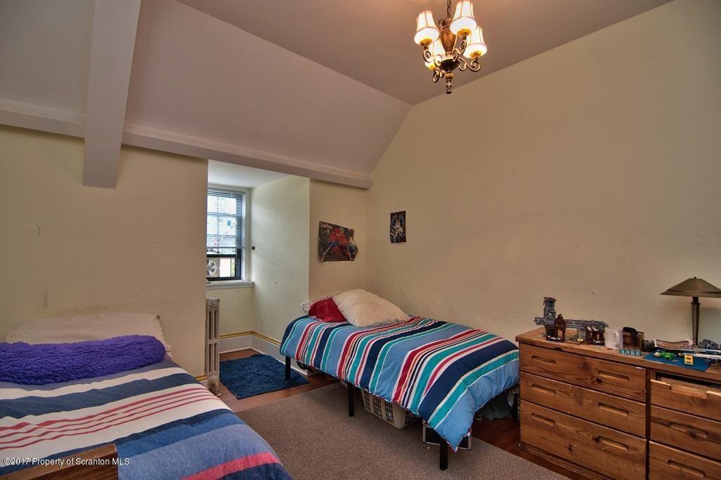 Bedroom 6 View 2