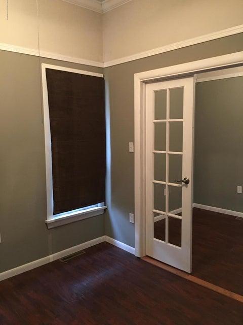 81 College Ave,Factoryville,Pennsylvania 18419,1 Bedroom Bedrooms,4 Rooms Rooms,1 BathroomBathrooms,Residential,College,17-5035