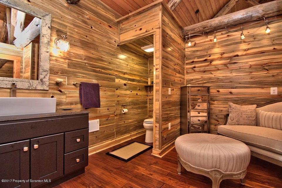 Bedroom 2 Bath View 5