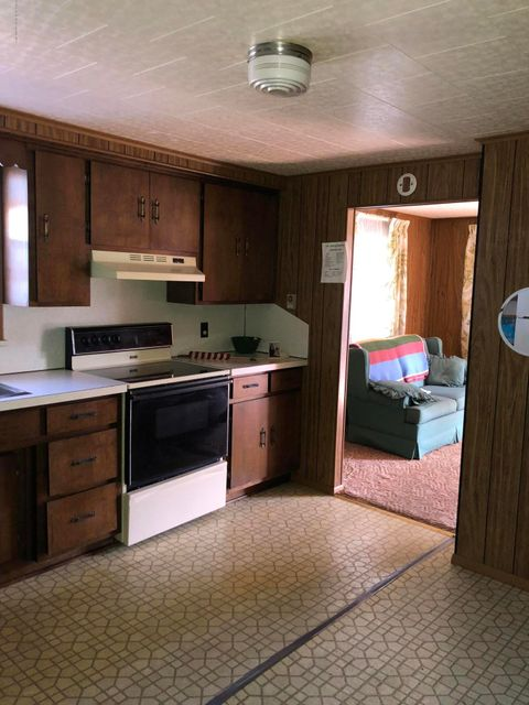 220 Wyalusing St,Old Forge,Pennsylvania 18518,3 Bedrooms Bedrooms,5 Rooms Rooms,1 BathroomBathrooms,Residential,Wyalusing,17-5047