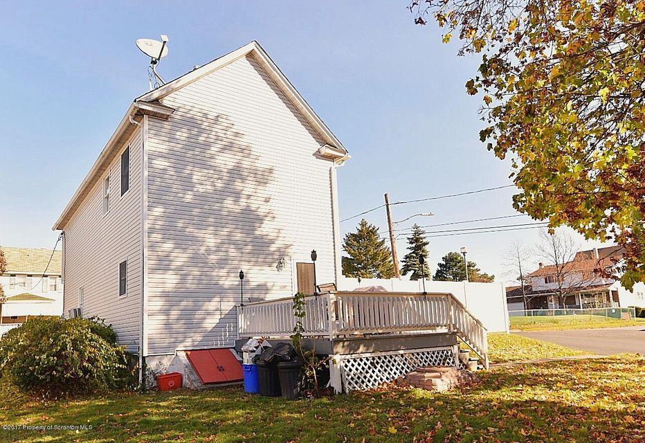 1803 Academy St,Scranton,Pennsylvania 18504,3 Bedrooms Bedrooms,6 Rooms Rooms,1 BathroomBathrooms,Residential,Academy,17-5276