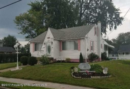 120 Wagner St,Moosic,Pennsylvania 18507,4 Bedrooms Bedrooms,8 Rooms Rooms,1 BathroomBathrooms,Residential,Wagner,17-5300