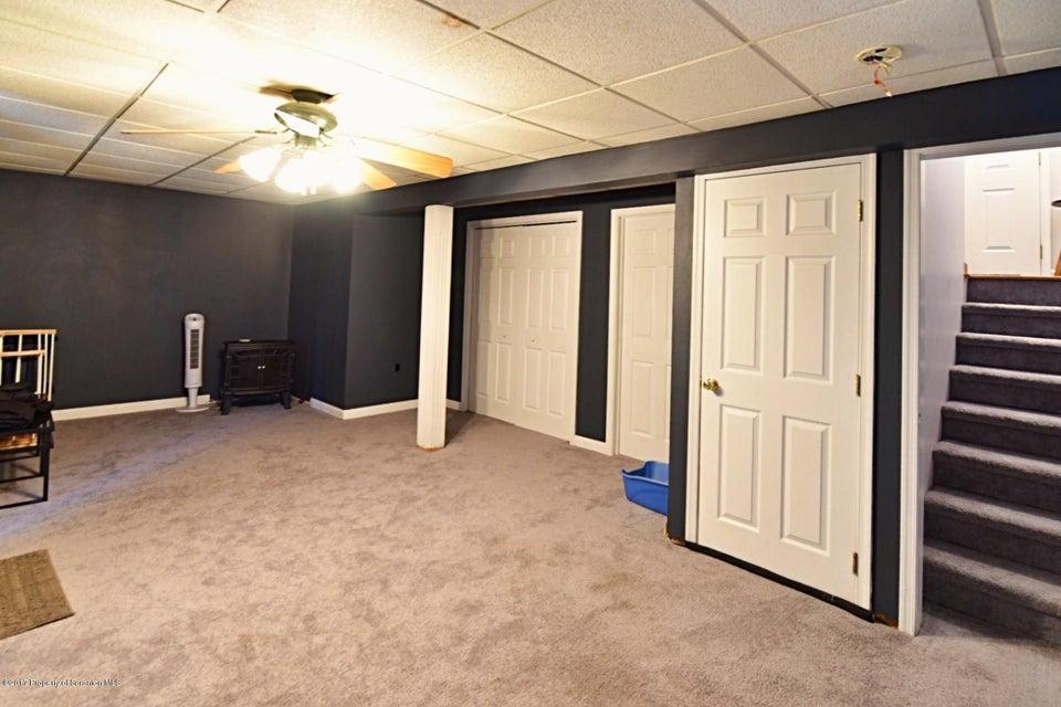 3116 Grimes Ave,Scranton,Pennsylvania 18505,4 Bedrooms Bedrooms,7 Rooms Rooms,2 BathroomsBathrooms,Residential,Grimes,17-5413