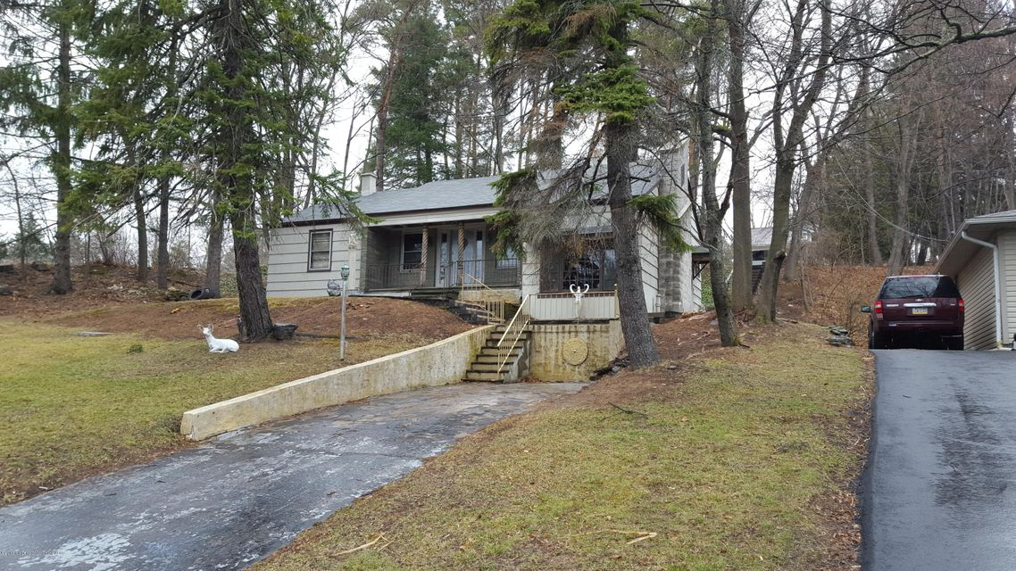 300 State St,Clarks Summit,Pennsylvania 18411,3 Bedrooms Bedrooms,10 Rooms Rooms,2 BathroomsBathrooms,Residential,State,18-21