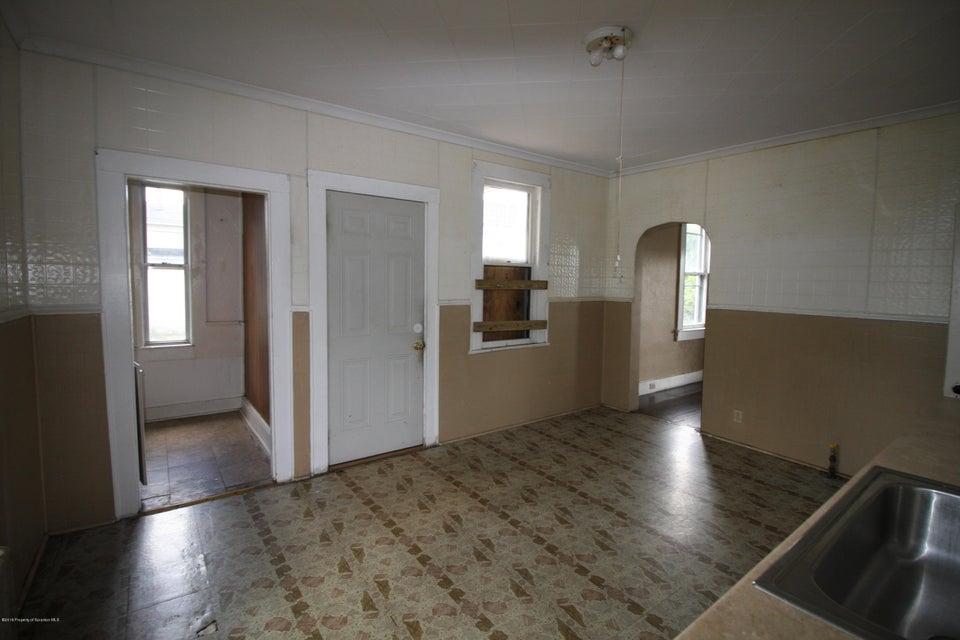 825 Webster Ave,Scranton,Pennsylvania 18505,3 Rooms Rooms,Multi-family,Webster,18-25