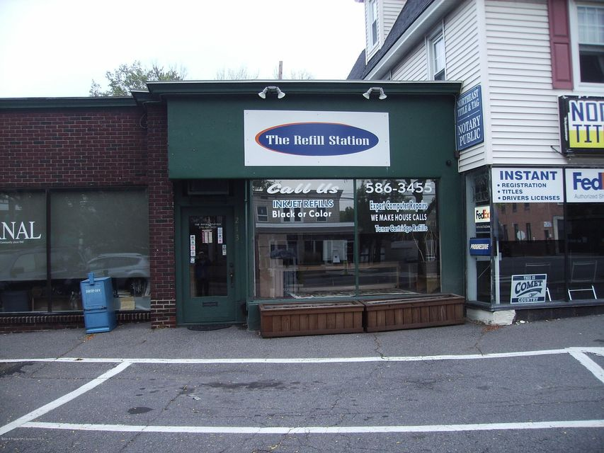 213 State St,Clarks Summit,Pennsylvania 18411,Comm/ind lease,State,18-105