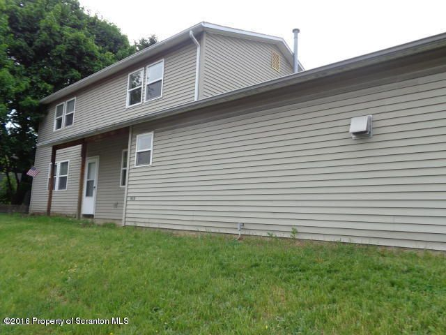 913 Lincoln St,Dickson City,Pennsylvania 18519,2 Bedrooms Bedrooms,4 Rooms Rooms,1 BathroomBathrooms,Residential lease,Lincoln,18-249