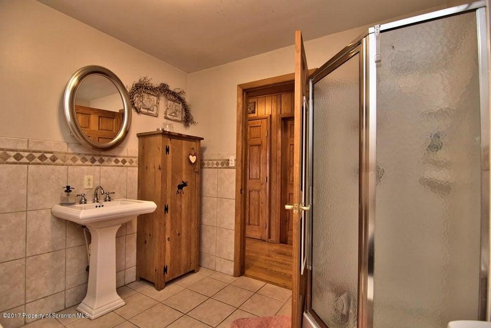 Hall Bath View 5