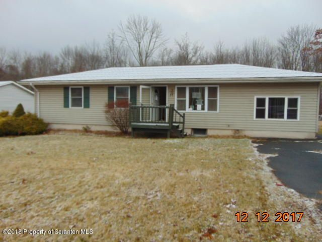 37 Oak Forest Dr,Tunkhannock,Pennsylvania 18657,3 Bedrooms Bedrooms,6 Rooms Rooms,1 BathroomBathrooms,Residential,Oak Forest,18-443