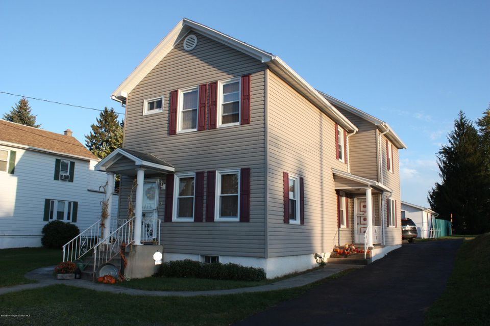 3029 Colliery Ave,Scranton,Pennsylvania 18505,6 Bedrooms Bedrooms,13 Rooms Rooms,2 BathroomsBathrooms,Residential,Colliery,18-563