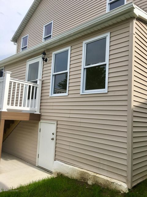3630 Lawrence Ave,Moosic,Pennsylvania 18507,3 Bedrooms Bedrooms,7 Rooms Rooms,1 BathroomBathrooms,Residential,Lawrence,18-723