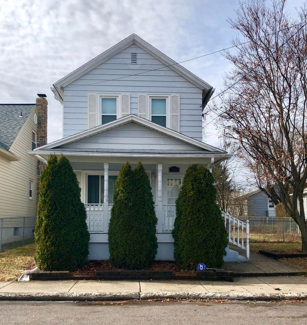 210 Charles St,Old Forge,Pennsylvania 18518,3 Bedrooms Bedrooms,5 Rooms Rooms,1 BathroomBathrooms,Residential,Charles,18-451