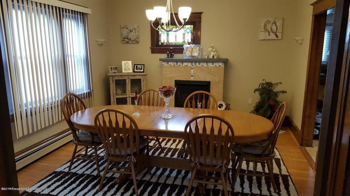 1924 Lafayette St,Scranton,Pennsylvania 18504,3 Bedrooms Bedrooms,6 Rooms Rooms,2 BathroomsBathrooms,Residential,Lafayette,18-750