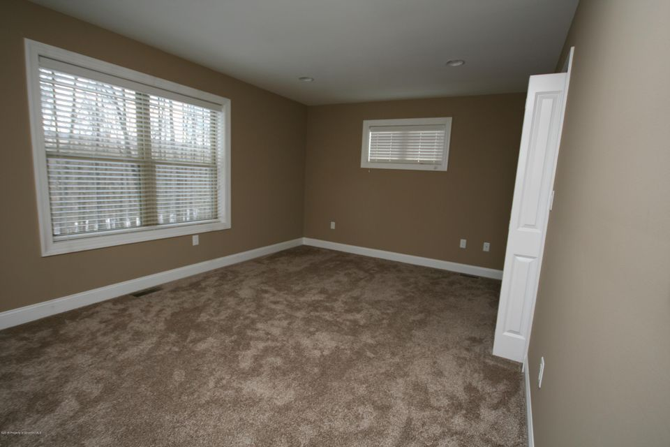 4000 Pond View Dr South Abington Twp,Pennsylvania 18411,2 Rooms Rooms,Multi-family,Pond View Dr,18-878